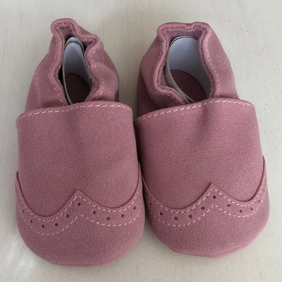 Shoes   Baby Girl Pink Moccasins Size 2